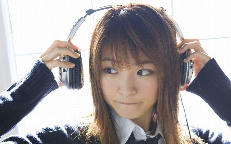 ماذا عن الأغاني اليابانية؟